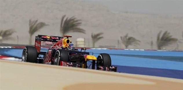 Bahreyn'de ilk cep Vettel'in