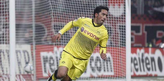 Barrios Çin'e transfer oldu