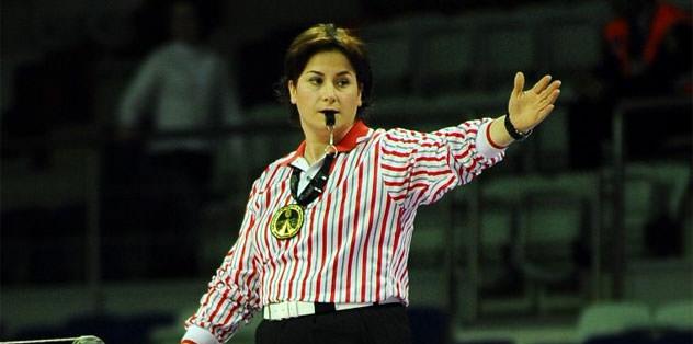 FIVB'den iki Türk hakeme görev