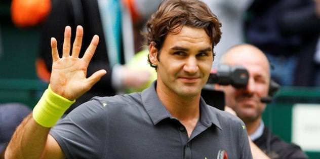 Federer reaches 7th Halle final, faces Haas