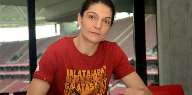 Nevriye Yılmaz Galatasaray'da