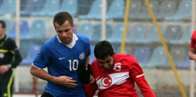 Galatasaray'a doğru koşuyor