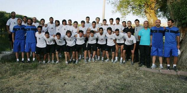 Kayseri Şekerspor 31 futbolcuyla sözleşme imzaladı