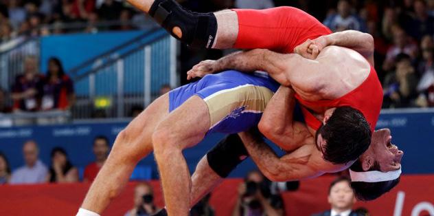 84 kiloda altının sahibi Alan Khugaev