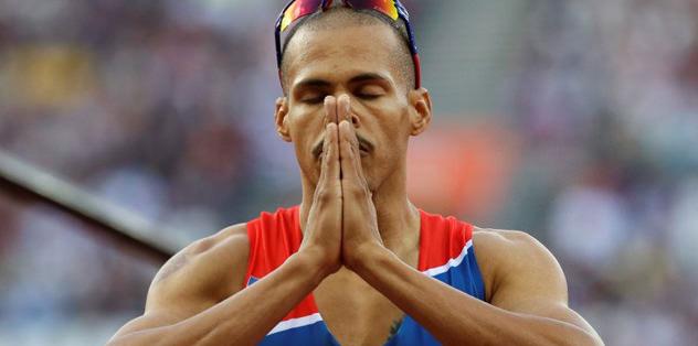 Felix Sanchez 400 metre engellide şampiyon