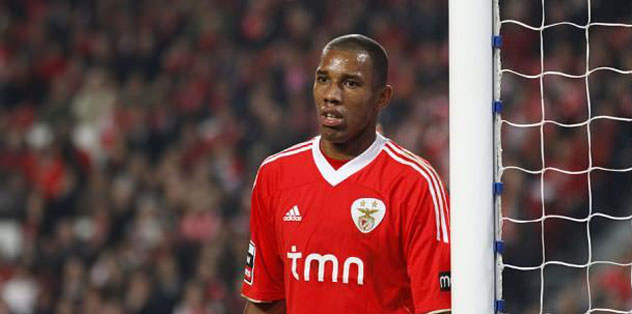 Benfica'lı Emerson yolda