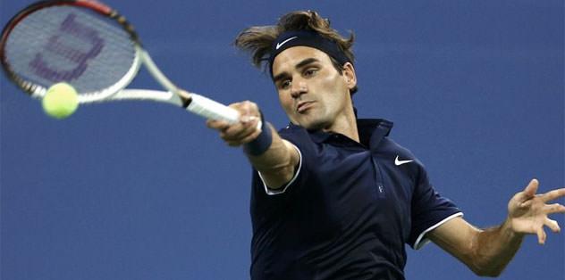 Federer elendi