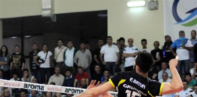 Fenerbahçe Grundig 3-2 yenildi