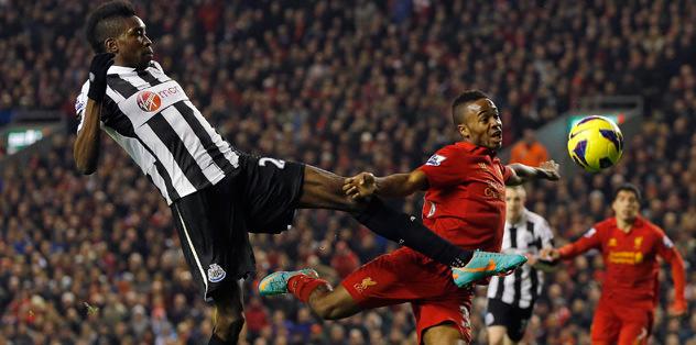 Liverpool 1 puana razı