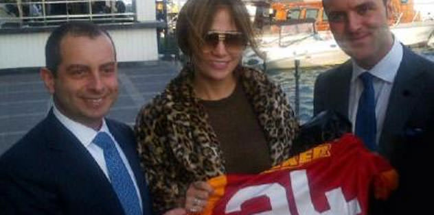 Jennifer Lopez'e Galatasaray forması