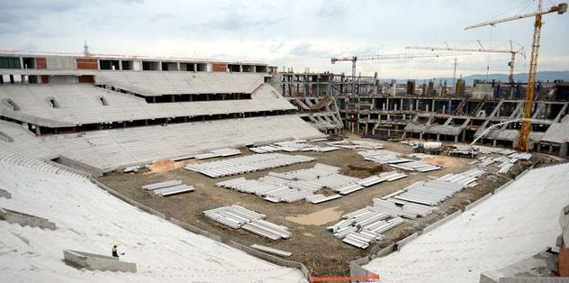 Timsah Arena için özel çatı