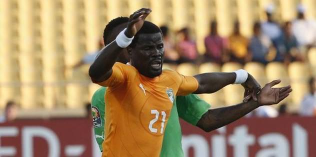 Eboue ve Didier Yobo'ya rakip
