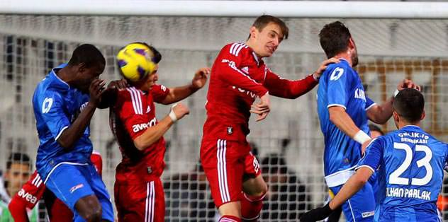 İlk maçta gol kaçırman beni mutsuz etmedi!