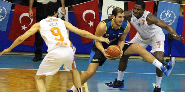 Fenerbahçe zor da olsa kazandı!