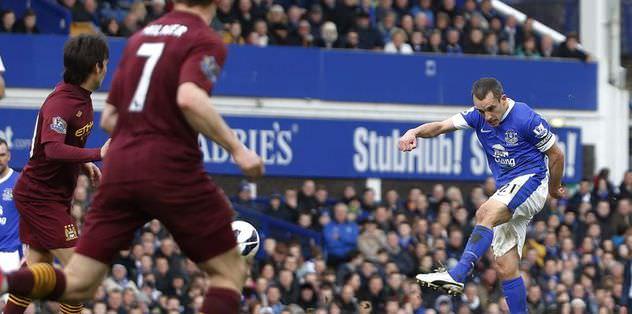 Everton 10 kişiye kazandı