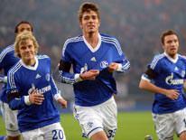Schalke'de i�ler kar��t�