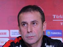 "Abdullah Avc�: ""Kazanmaktan ba�ka �are yok"""