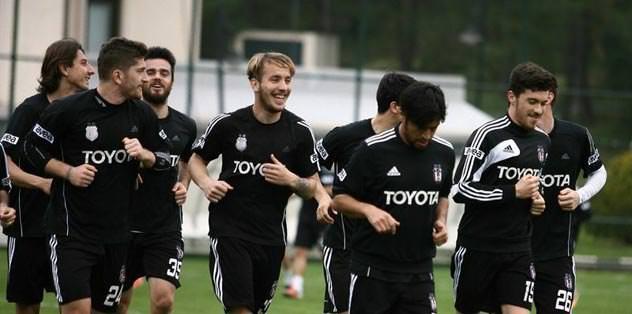 8 futbolcu ayrı çalıştı