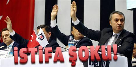 Beşiktaş'ta istifa şoku
