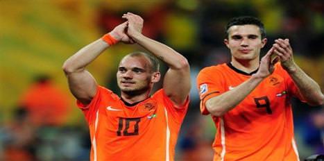 Sneijder ve Persie'den tebrik