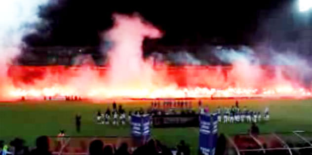 Stadı yaktılar!
