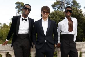 Çoktan Seçmeli Formal Giyim: amfAR Gala 2021