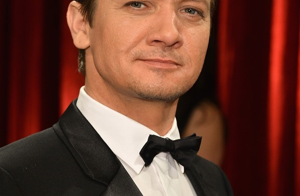 Jeremy Renner Men of the Year'da