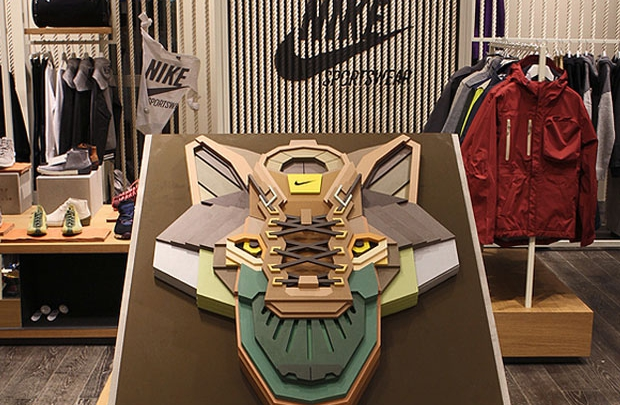 Nike ve Aske'nin vahşi buluşması