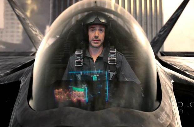 Kaptan pilot Robert Downey Jr.