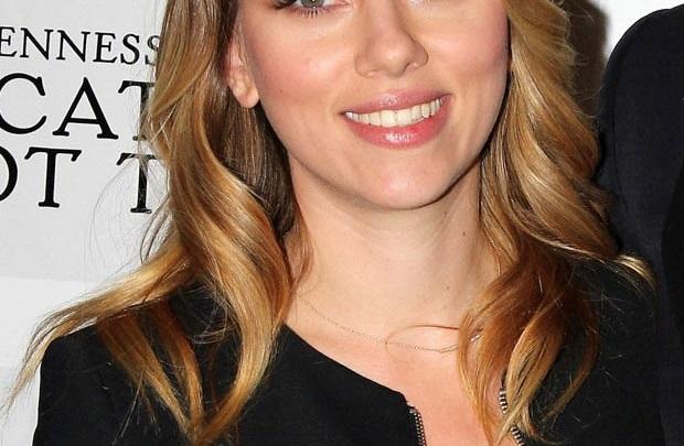 Scarlett Johansson yönetmen koltuğunda