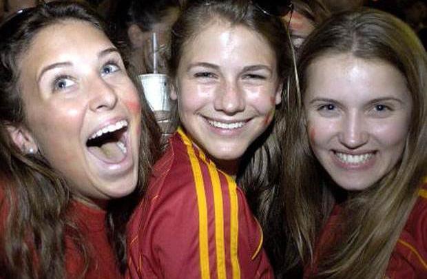 Kadınlar futboldan anlamaz mı? Ne münasebet!