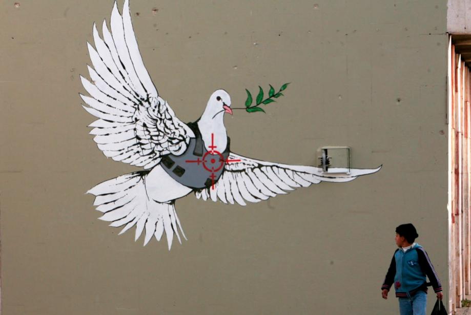 Banksy Değil Bizim Robin