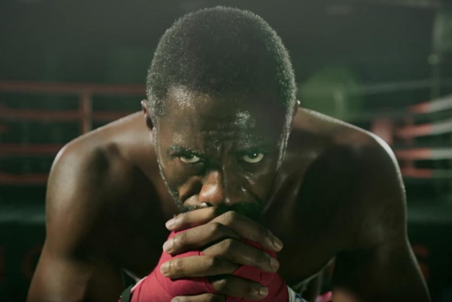 İdris Elba'nın Kickboxer Vücudu