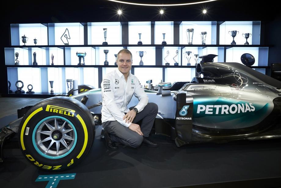 Mercedes'in Yeni Pilotu: Valtteri Bottas