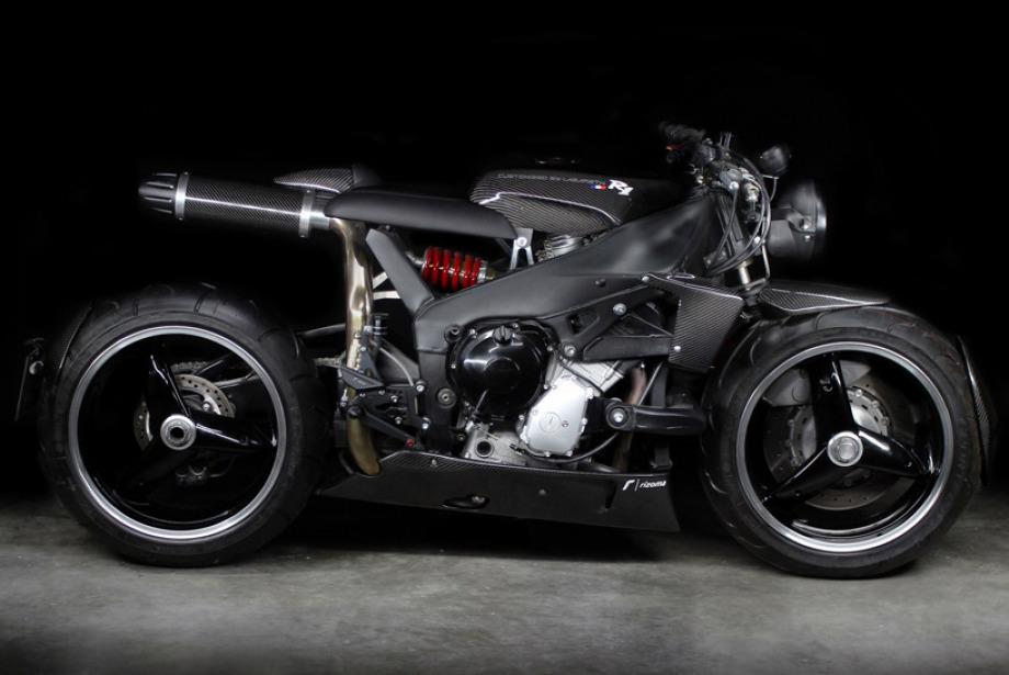 Yamaha YZF R1 Fütürist Motosiklet