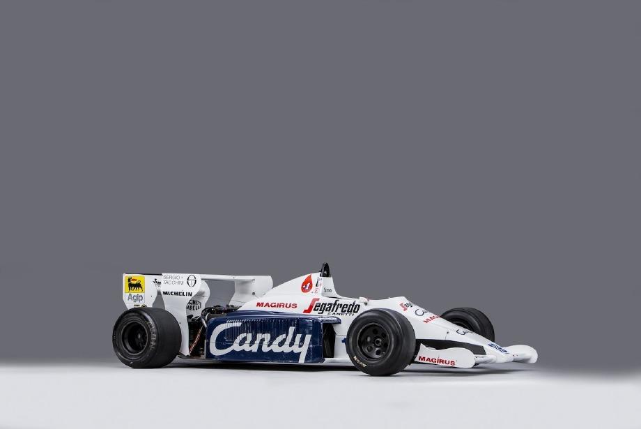 Ayrton Senna'nın F1 aracı satışa sunuluyor