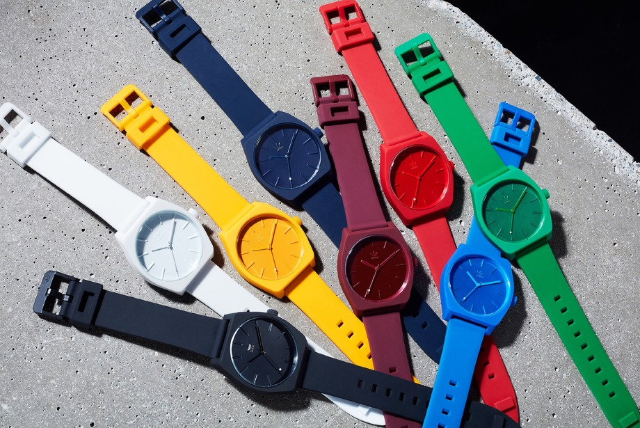 Adidas Originals'tan yeni saat koleksiyonu