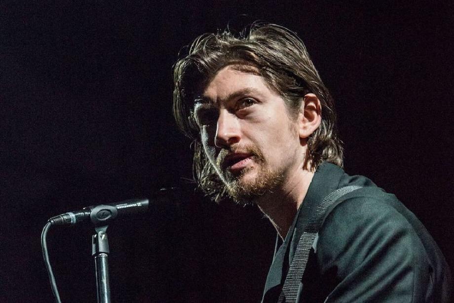 Arctic Monkeys'den yeni 'Kubrick' esintileri