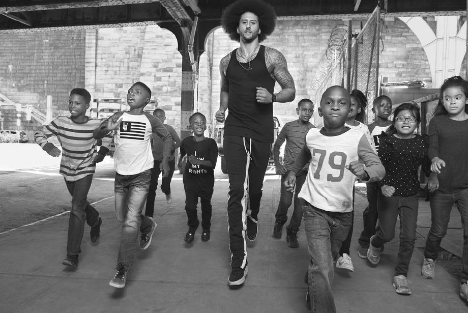 Nike ve Colin Kaepernick'in Sansasyonel Reklam Filmi
