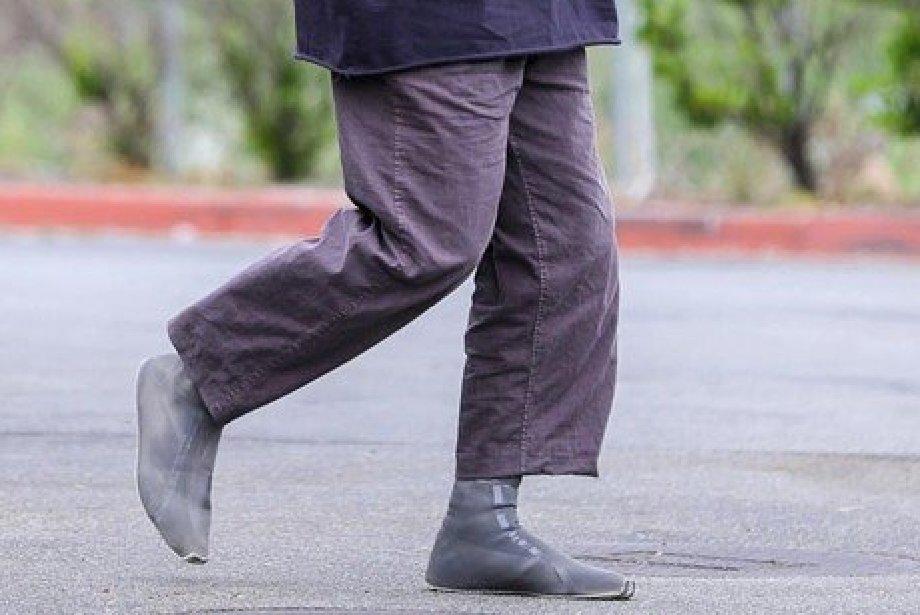 Kanye West'in Tuhaf Ayakkabıları