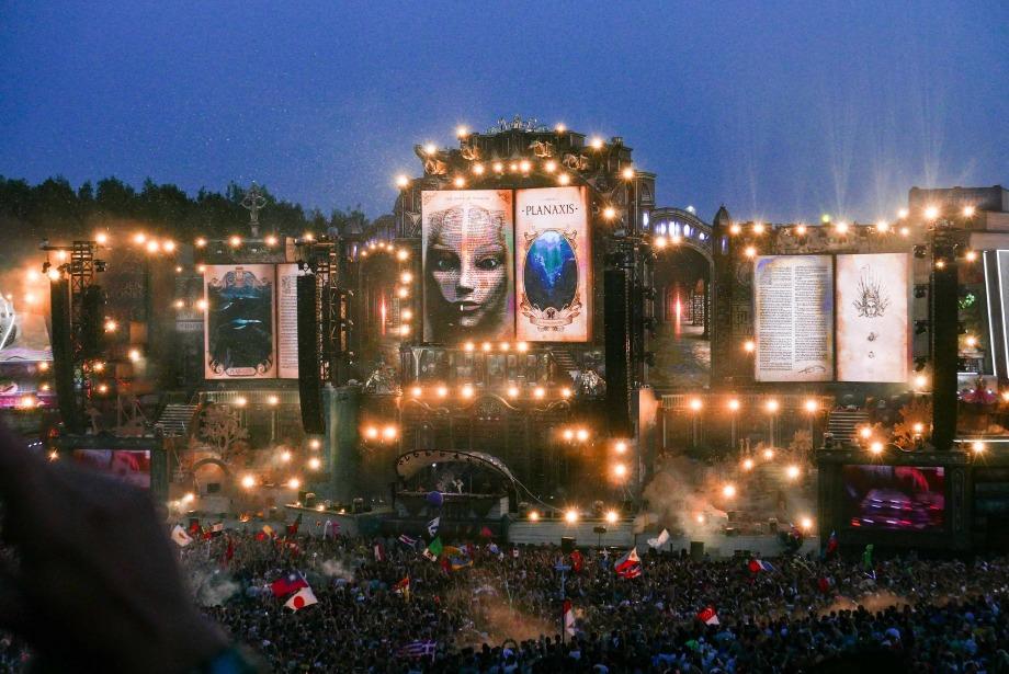 Tomorrowland Rehberi