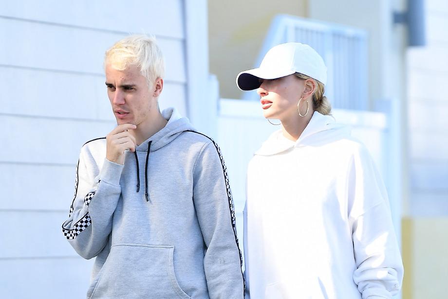 Platin Saçlarıyla Justin Bieber
