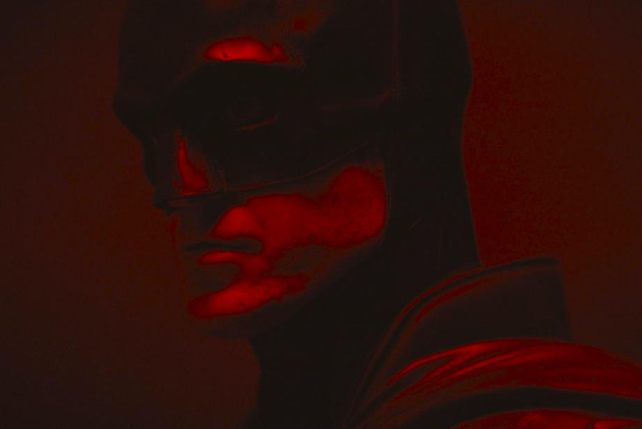Robert Pattinson İlk Kez Batman Kostümüyle!