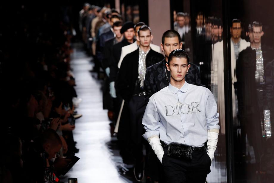 Moda Dünyası COVID-19'dan Etkilenmeye Devam Ediyor!