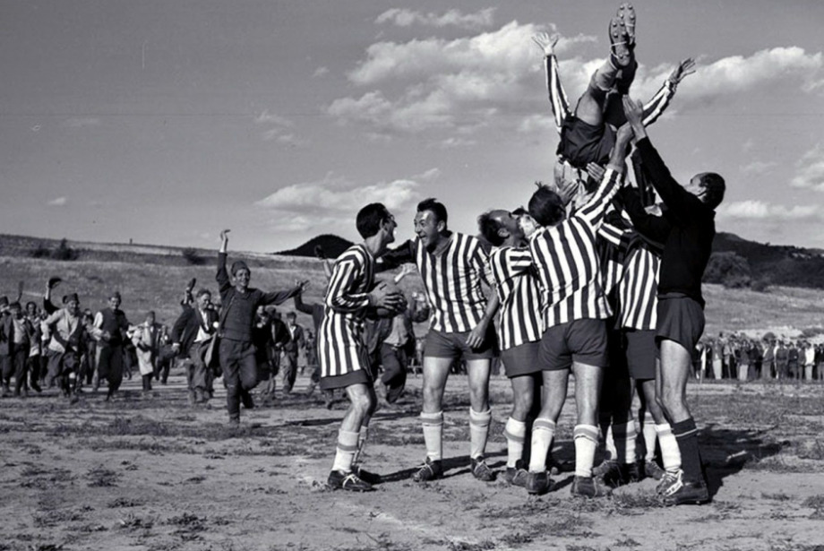 Nejat İşler Yazdı: Zor Zamanlarda Futbol