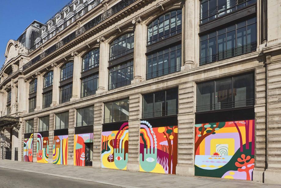 Louis Vuitton'un Merkez Ofisi Renklendi!
