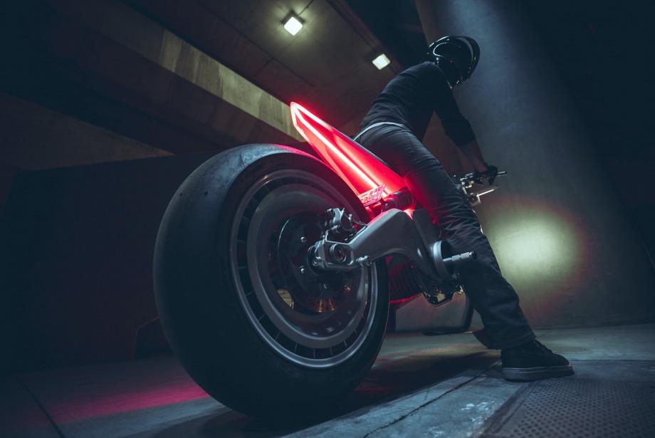 UMC ve Zero Motorcycles'ın Fütüristik Motosikleti: UMC-063 XP Zero