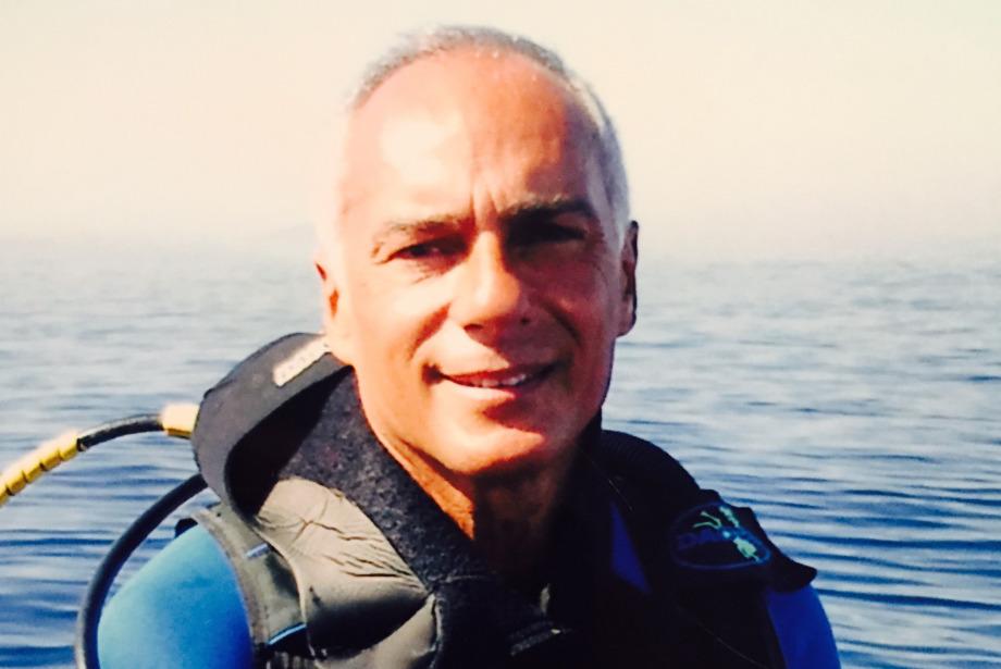 Jeff Hakko, Bugün, Dünya Okyanus Günü'nde Suyun Altında Konuşma Yapacak