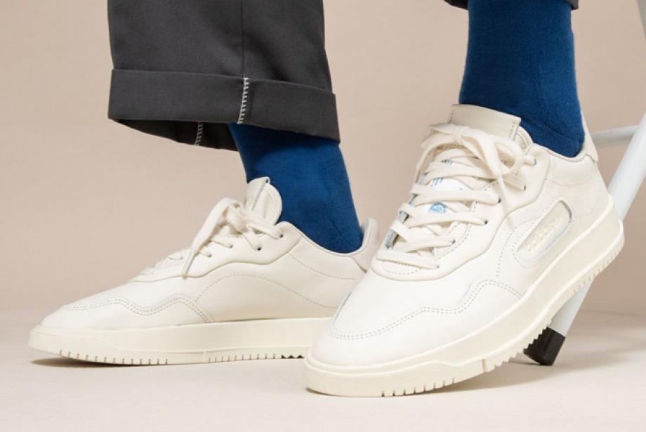 Bu Sezonun 6 Kırık Beyaz Sneaker Modeli