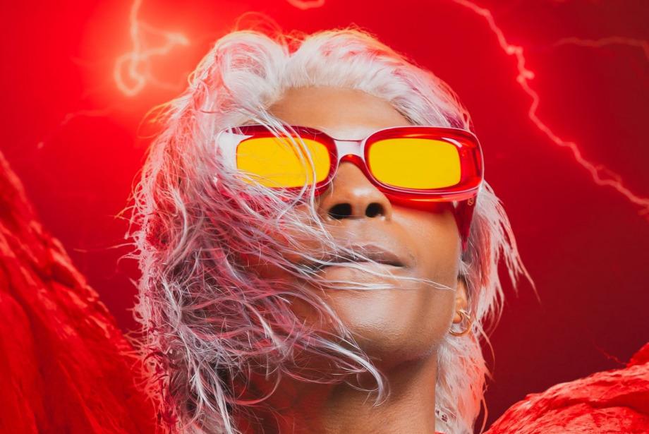 #GQDeneyim: Bir Gözlük Ruh Halini Değiştirebilir Mi?